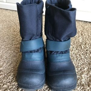 Tundra waterproof kids boots